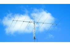 JK1217 - Yagi antenna of 4 elements for the 17 m band and 5 elements for 12 m band